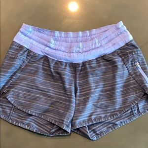 Lululemon tracker short gray and purple size 6